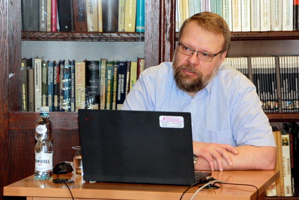 Dr Robert Pysz (Katedra Polonistyki ATH)